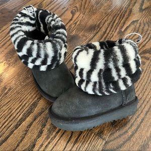 UGG Fluff Mini Quilted Zebra Boot Baby Size 6